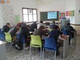 Entrega de diplomas a los alumnos del programa MUEVE-T