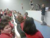 Andrés Lledó acerca su reto de los 4Deserts2014 a los alumnos del Miralmonte