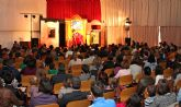 200 personas asisten a la obra de teatro infantil 'Pío, pío este libro es mío' en Puerto Lumbreras