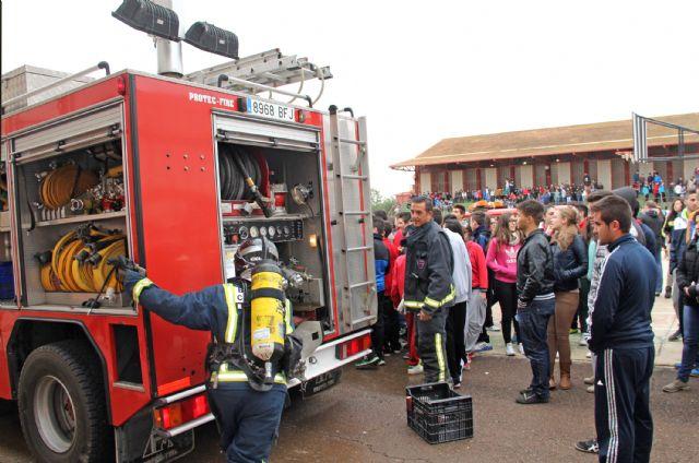Simulan un incendio en el IES Rambla de Nogalte - 1, Foto 1