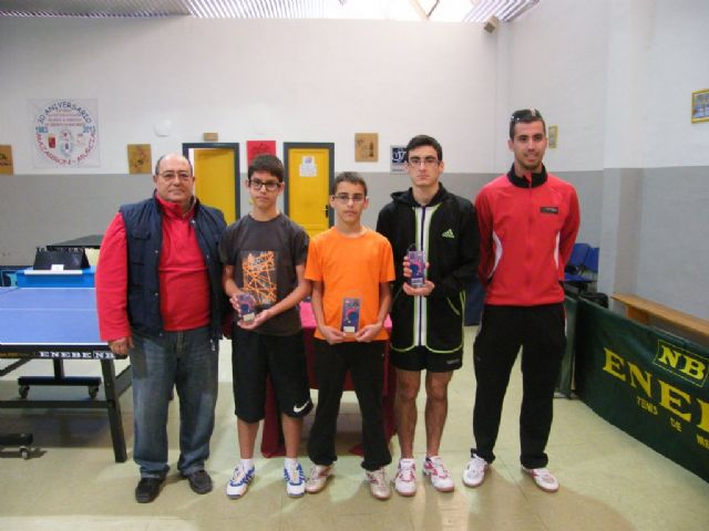 Disputa la fase municipal de tenis de mesa dentro del programa de Deporte Escolar, Foto 2