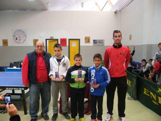 Disputa la fase municipal de tenis de mesa dentro del programa de Deporte Escolar, Foto 3