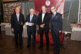 Los Graduados Sociales otorgaron la Medalla de Oro al rector de la Universidad de Murcia por su apoyo a la profesión
