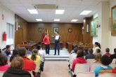 El Ayuntamiento de Archena enseña a los niños del último ciclo de primaria de los colegios El Ope, Emilio Candel y Río Segura el funcionamiento de un pleno municipal