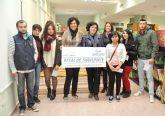 El Ayuntamiento entrega becas para transporte escolar a estudiantes lumbrerenses