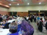 Unas 200 personas mayores de Archena asistieron a la comida de convivencia tradicional de la Navidad