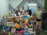 Los estudiantes de la UPCT recaudan más de un centenar de juguetes
