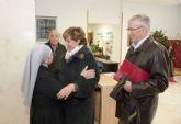 Una treintena de entidades sociales reciben el tradicional donativo del Ayuntamiento