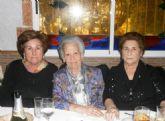 Más de doscientos mayores de Alguazas reciben la Navidad