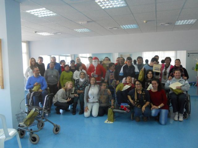Celebrada la fiesta de fin de curso del Centro de Día de Personas con Discapacidad de Mazarrón, Foto 3