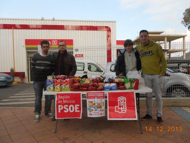 El PSOE y Juventudes Socialistas de La Unión recogen 1.000 kilos de alimentos y más de un centenar de juguetes en su campaña de Navidad - 1, Foto 1