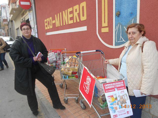 El PSOE y Juventudes Socialistas de La Unión recogen 1.000 kilos de alimentos y más de un centenar de juguetes en su campaña de Navidad - 3, Foto 3