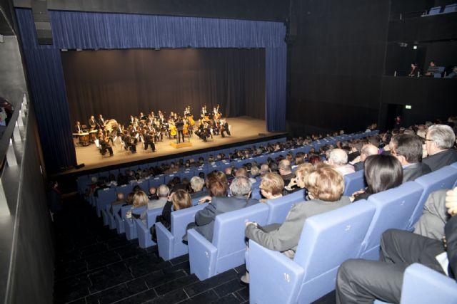 El grupo Nagha y la Orquesta Sinfónica de la Región de Murcia protagonistas de la llegada del nuevo año en Águilas - 1, Foto 1