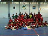 Medio centenar de niños participaron en la i jornada solidaria de la escuela de fútbol sala de Águilas