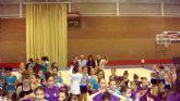 La Escuela Deportiva Municipal de Gimnasia Rítmica lleva a cabo una exhibición en la Navidad