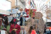 Los Reyes Magos reparten felicidad e ilusi�n por Mazarr�n y Puerto