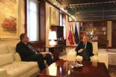 El presidente Valcárcel respalda el proyecto de regeneración integral de la Bahía de Portmán