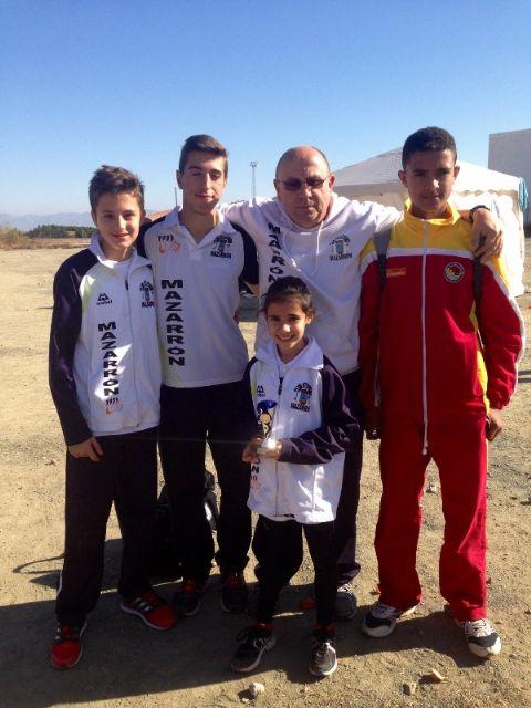 Marta Navarro consigue una nueva medalla para el Club Atletismo Mazarrón en la Liga Regional de Cross - 1, Foto 1