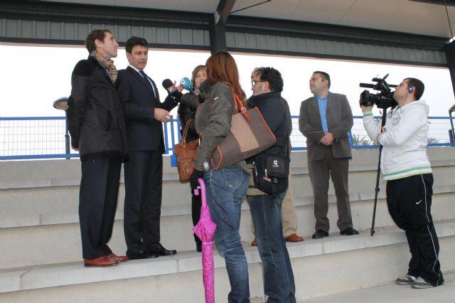 Las nuevas instalaciones del Gudalentín vienen a dar respuesta a una vieja demanda de deportistas y aficionados al fútbol, Foto 1