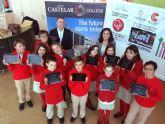 Los alumnos del New Castelar College estudiarán con tablets 4G