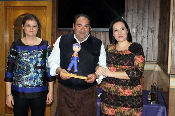 Protección Civil entrega la Medalla de Plata con distintivo azul a José Romera por sus 15 años de trabajo y constancia en la agrupación local, Foto 6