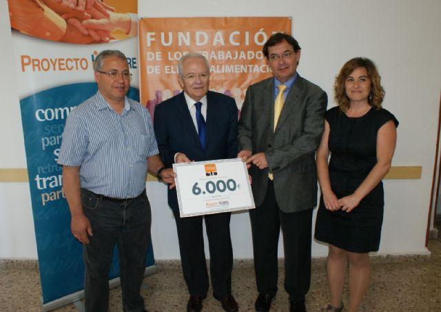 El ayuntamiento de Alhama distingue a la Fundación de Trabajadores de ElPozo por ayudar a luchar contra la drogradicción, Foto 2