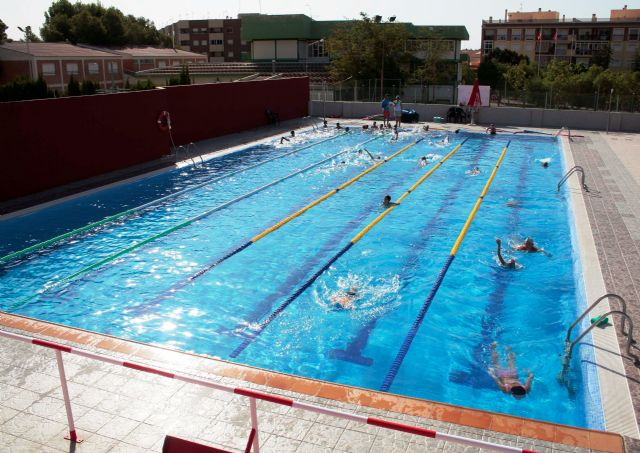 El ayuntamiento cubrirá la piscina municipal de verano para que pueda utilizarse durante todo el año - 1, Foto 1