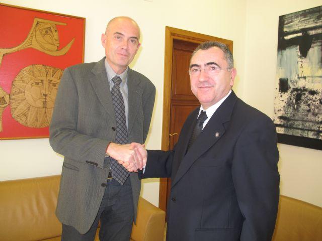 El consejero Manuel Campos se reúne con el alcalde de San Javier - 1, Foto 1