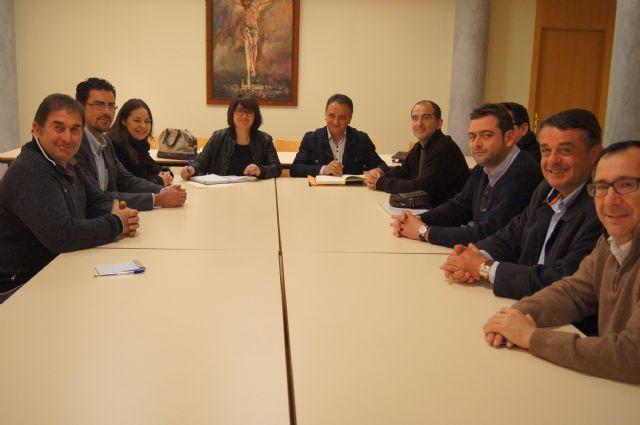 El Ayuntamiento y el Ilustre Cabildo Superior de Procesiones ya trabajan en los preparativos de la Semana Santa del 2014, Foto 1