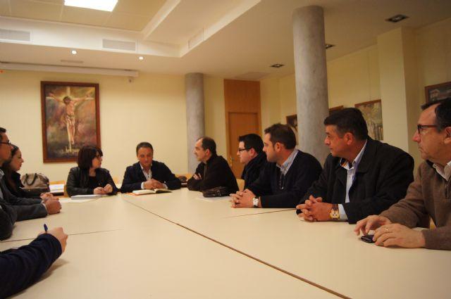 El Ayuntamiento y el Ilustre Cabildo Superior de Procesiones ya trabajan en los preparativos de la Semana Santa del 2014, Foto 5