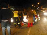 El Servicio Municipal de Emergencias traslada a una mujer tras un accidente por colisión