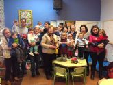 La Ludoteca Municipal recibe la visita de los alumnos de la Gloria Fuertes