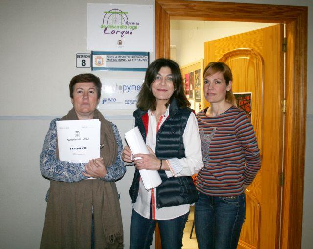 Más de 300 personas inscritas en la Agencia de Colocación y 27 empresarios atendidos en la Oficina del Emprendedor desde octubre - 1, Foto 1