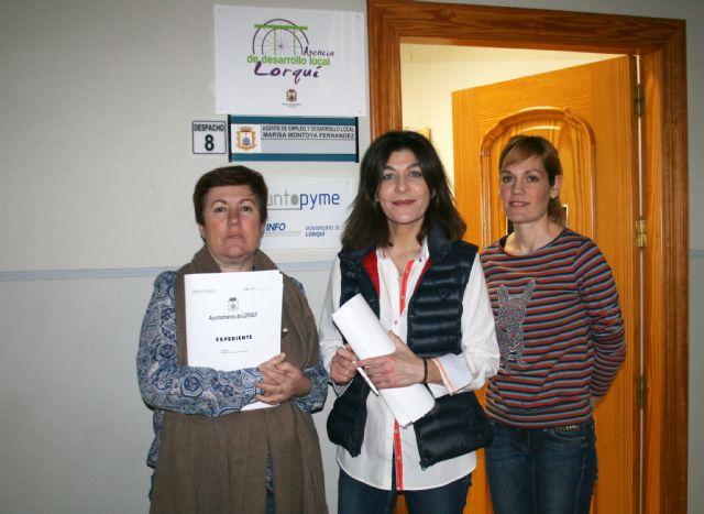 Más de 300 personas inscritas en la Agencia de Colocación y 27 empresarios atendidos en la Oficina del Emprendedor desde octubre - 2, Foto 2
