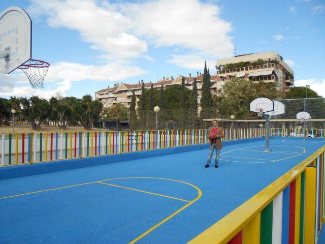 El Ayuntamiento completa la zona deportiva de Abenarabi con pistas de minibasket - 1, Foto 1