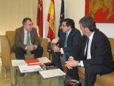 El consejero Campos se reúne con el gerente de la empresa Azahar Energy y el director de la Fundación Finnovaregio