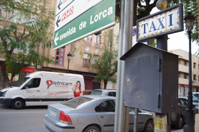 Presentar�n alegaciones al texto legal que regular� el servicio de transporte p�blico urbano en autom�viles turismo en la Regi�n de Murcia, Foto 2