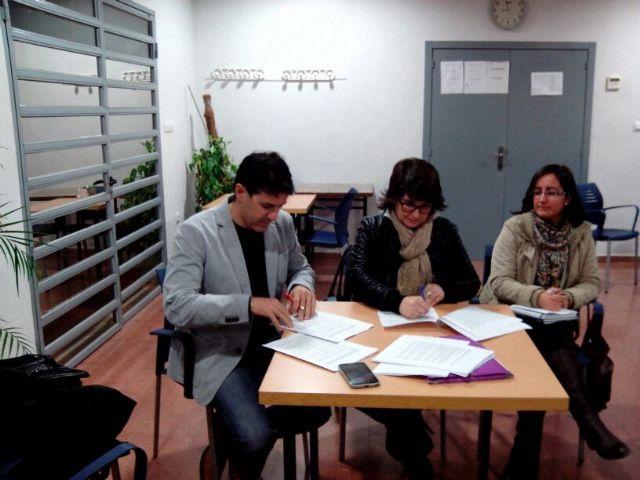 El Ayuntamiento y la AAVV de la Era Alta suscriben un convenio de colaboraci�n, Foto 2