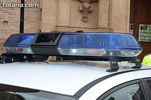 La Policía Local de Totana se adhiere a la campaña especial de la DGT de vigilancia y control de camiones y furgonetas, Foto 1