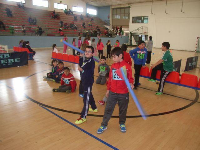 La concejalía de Deportes organizó la fase local de jugando al atletismo de Deporte Escolar, Foto 4
