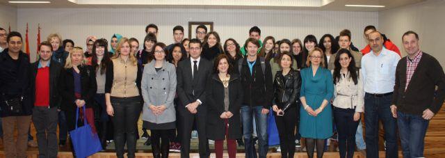 Recepción institucional a alumnos pertenecientes al proyecto Comenius basado en la planificación de futuro - 1, Foto 1