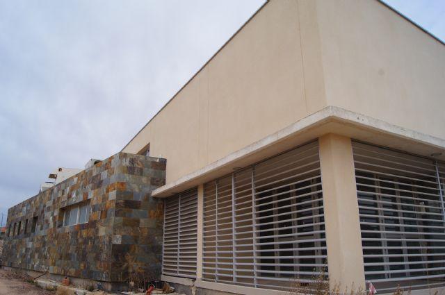 El ayuntamiento de Totana inaugurará el nuevo salón de actos de El Paretón-Cantareros el próximo día 8 de marzo, Foto 1