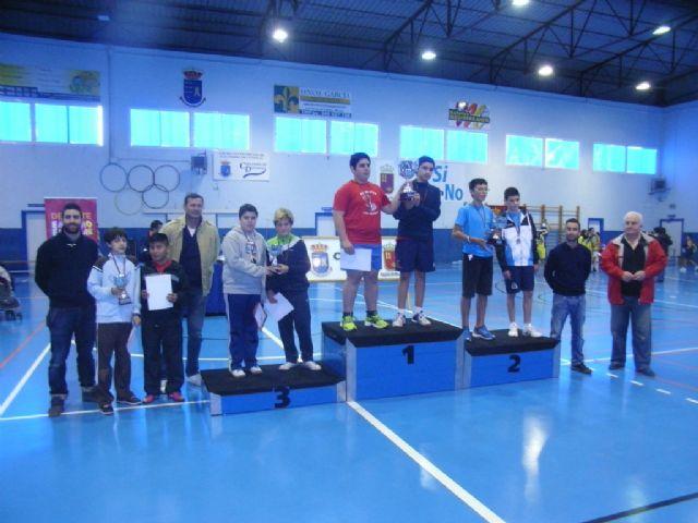 El Colegio la Milagrosa, tercer clasificado en la final regional de b�dminton de Deporte Escolar, Foto 2