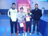 El Colegio la Milagrosa, tercer clasificado en la final regional de b�dminton de Deporte Escolar
