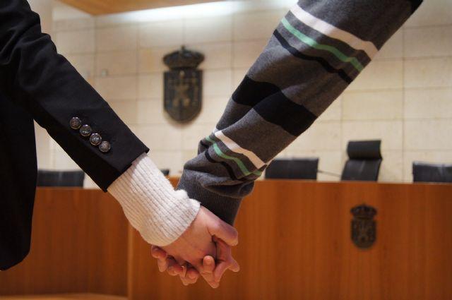 El ayuntamiento de Totana tramitó un total de 22 matrimonios civiles durante el año 2013