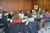 La comisión técnica municipal de absentismo aborda protocolos para la detección y prevención temprana