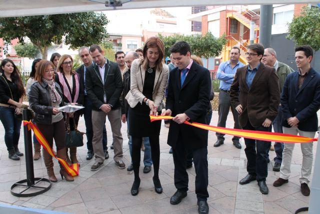 La Alcaldesa de Archena inaugura el Taller de Empleo Jardines I donde 18 desempleados aprenderán un oficio mientras trabajan - 3, Foto 3