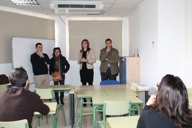 La Alcaldesa de Archena inaugura el Taller de Empleo Jardines I donde 18 desempleados aprenderán un oficio mientras trabajan - 5, Foto 5