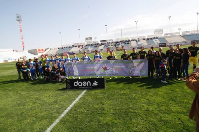 La Hoya Club de Fútbol se suma al Día Mundial de las EF