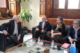 UNICEF reconoce al rector Cobacho por su defensa de los derechos de los niños